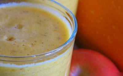 Smoothie à la courge oranghetti, pomme & Huile Essentielle de cannelle (feuilles)