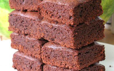 Brownies protéinés au chocolat cru et tofu soyeux